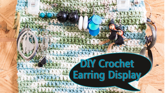 Video tutorial that shows how to make an easy DIY Crochet Earring Display. It's made only using the chain and single crochet stitches. Begginers proje
